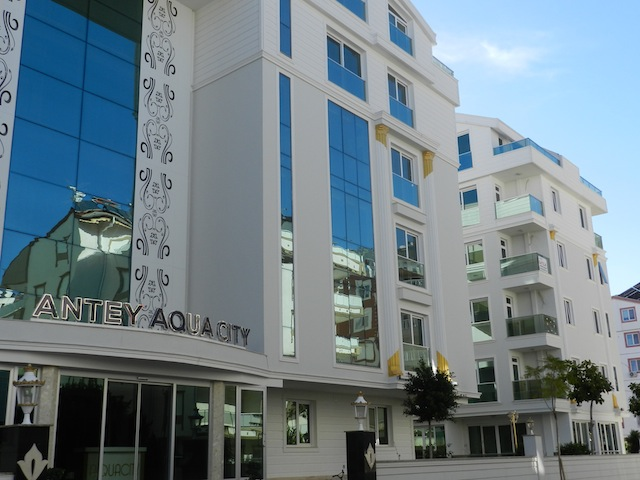 A Rental Guaranteed Apartment in the Center of Antalya 1