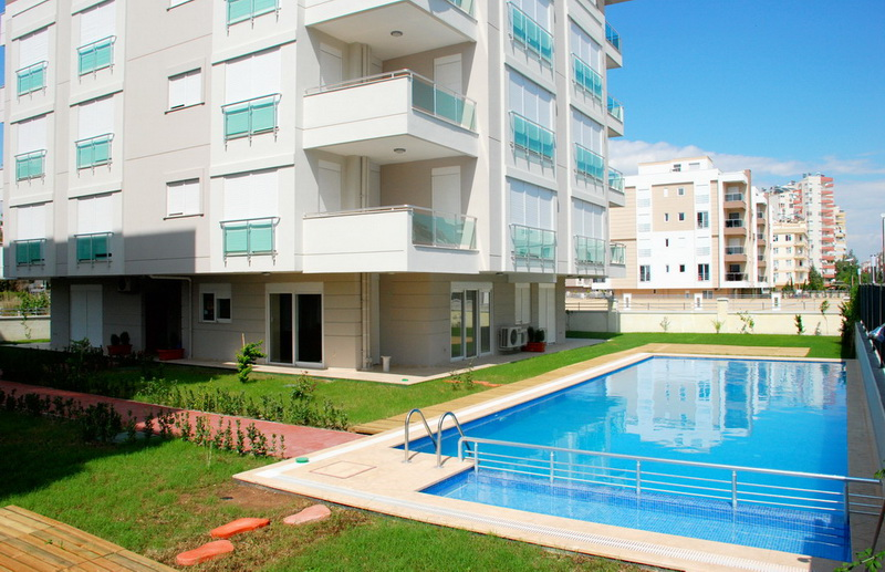 property in turkey at the seaside 1