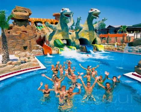 Vacation activities holiday apartments flat for sale in turkey - The giant slide apartament ...