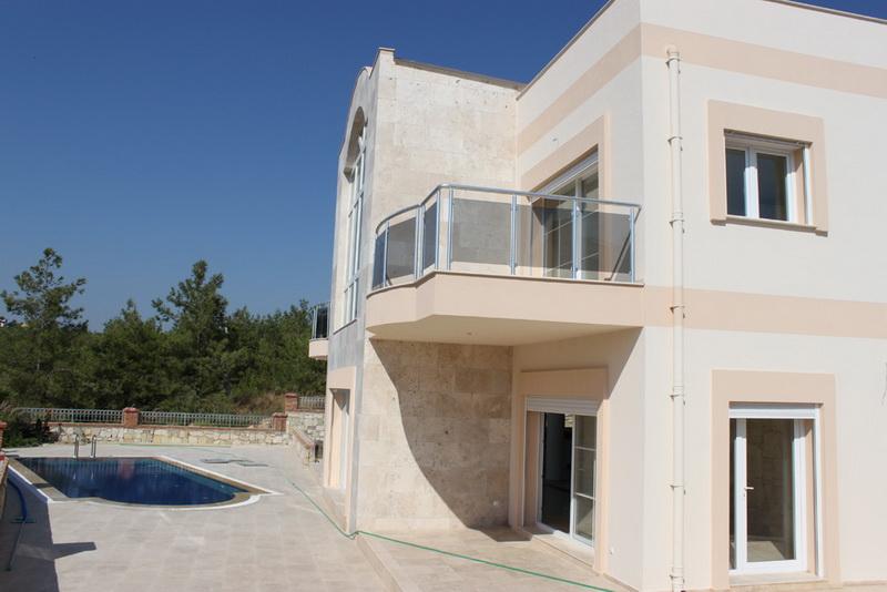 villa in kusadasi for sale 3
