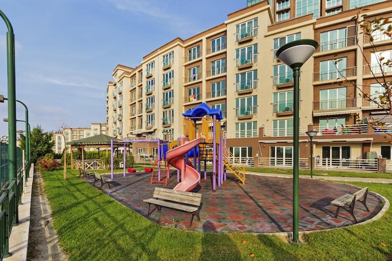 buy seaview apartment in Istanbul 21