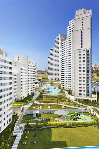 Modern Estate Apartment in Istanbul 8
