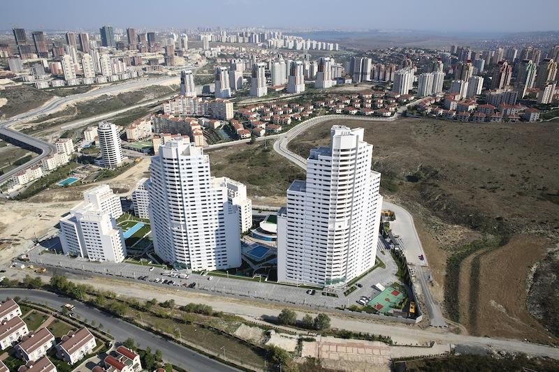 Modern Estate Apartment in Istanbul 24