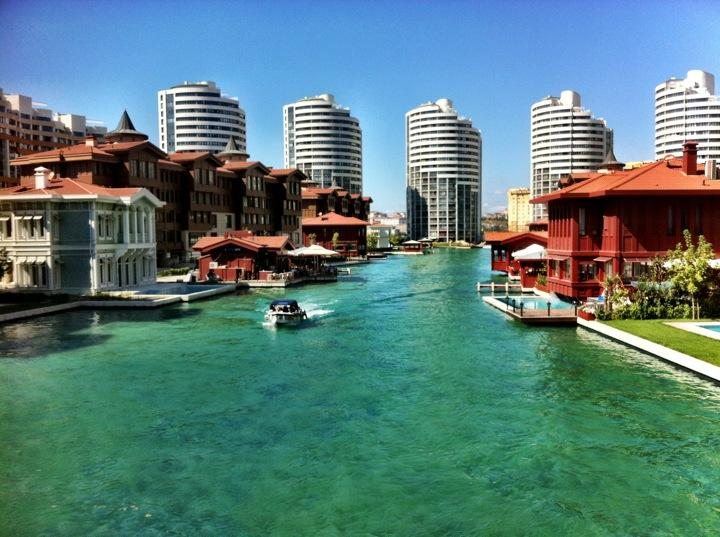 Apartments In A Luxury Compound In Istanbul 23