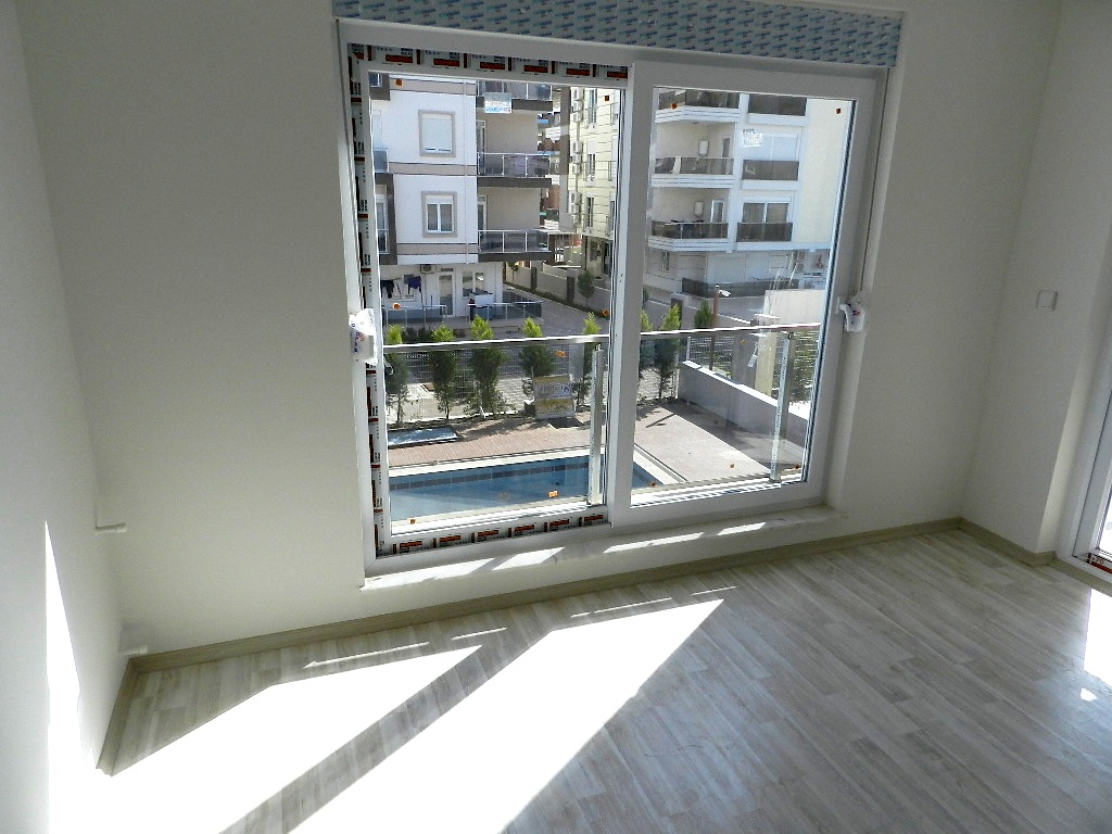 cheap Antalya apartment with sea view 13