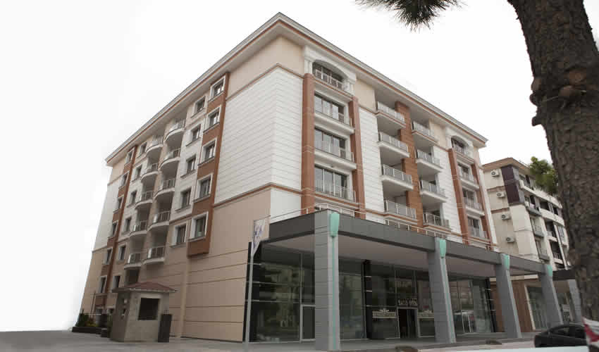 Sea View Apartment in Istanbul 3