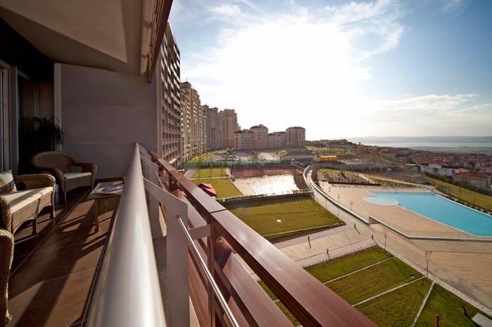 Seaview Property In Turkey Buyukcekmece 1