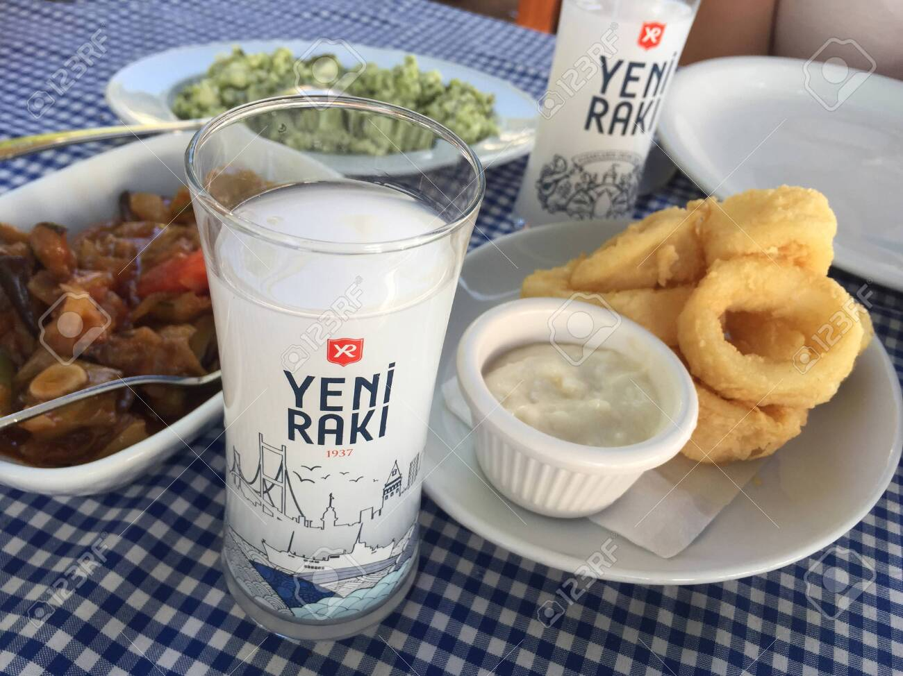 drinks in turkey - raki